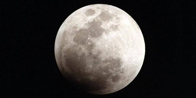 Kakve tajne krije Mesec ZAŠTITNIK, KONTROLOR ILI NEŠTO TREĆE…