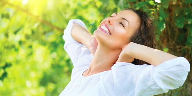 Jedostavne vežbe za srce i telo OTKRIJTE MOĆ LJUBAVNE ENERGIJE