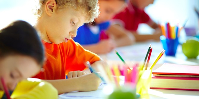 Glavni izvori stresa u školi ODBACIVANJE ILI IZDVAJANJE IZ GRUPE