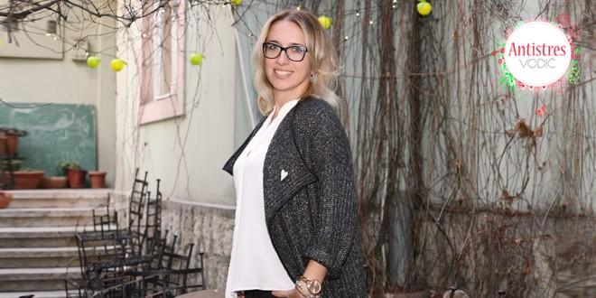 Mia Medaković-Topalović SITNA OSVEŽENJA ŽIVOT ČINE MAGIČNIM