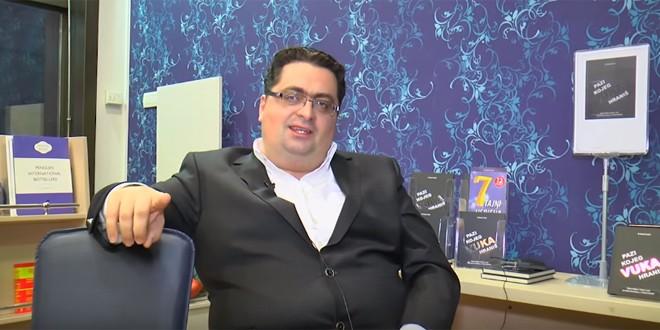 Dr Kenan Crnkić KAKO POMOĆI DRUGIMA DA OSVOJE SVOJE VRHOVE