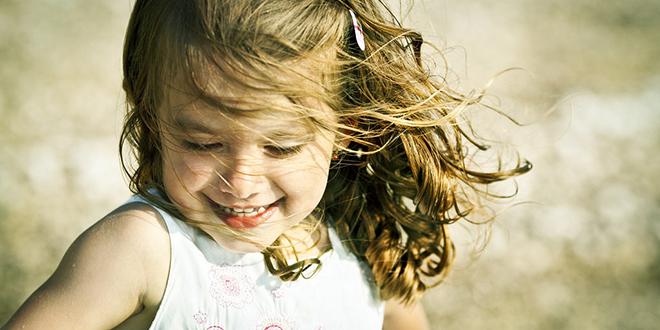Kako podići srećno dete RAZVIJANJE PRIRODNIH POTENCIJALA