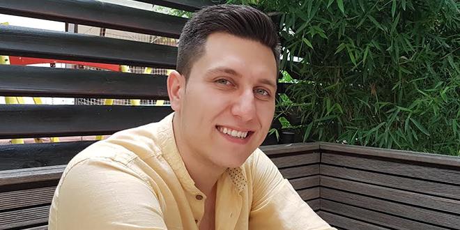Davor Jovanović MUZIKA NIJE BIZNIS VEĆ SPLET ČISTIH OSEĆANJA