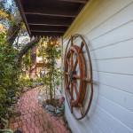 Detalj ispred kuće
