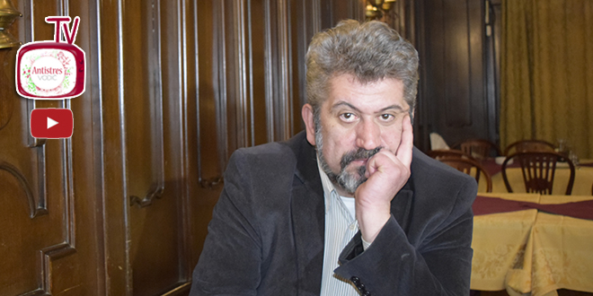 Zoran Nikolić, novinar i publicista Beogradske antistresne priče