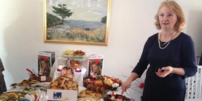Dame obeležile jubilej u Stokholmu Gibanica spaja različite svetove
