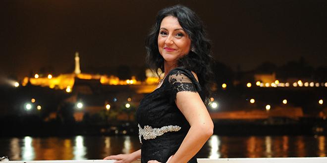 Violeta Dimitrić Život je naše jedinstveno tkanje
